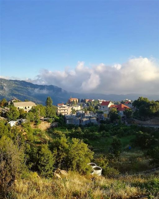 On Mercury a day lasts 1408 hours, just like every monday does on earth 🤪... (Ehmej, Mont-Liban, Lebanon)