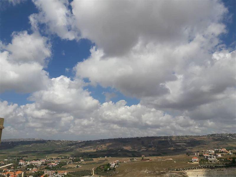 A really good Morning ❤ clouds blue sky khiam village ... (Al Khiyam, Al Janub, Lebanon)