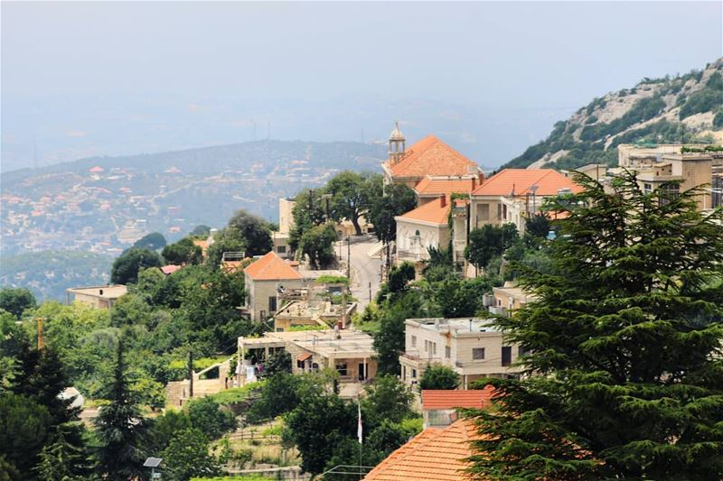 Road trip sightings! lebanesevillages lebanonhouses livelovelebanon ...
