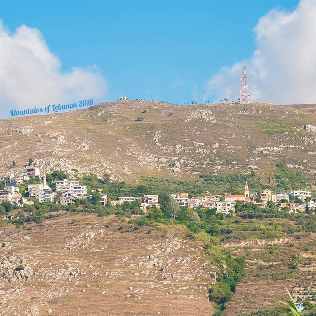 Lovely uphill town of Hraykess, Zghorta on Jabal Terbol overlooking the... (Haraykes)