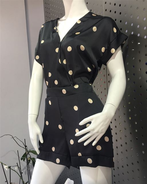New collection is HERE!DailySketchLook 339 shopping italian boutique ... (Er Râbié, Mont-Liban, Lebanon)
