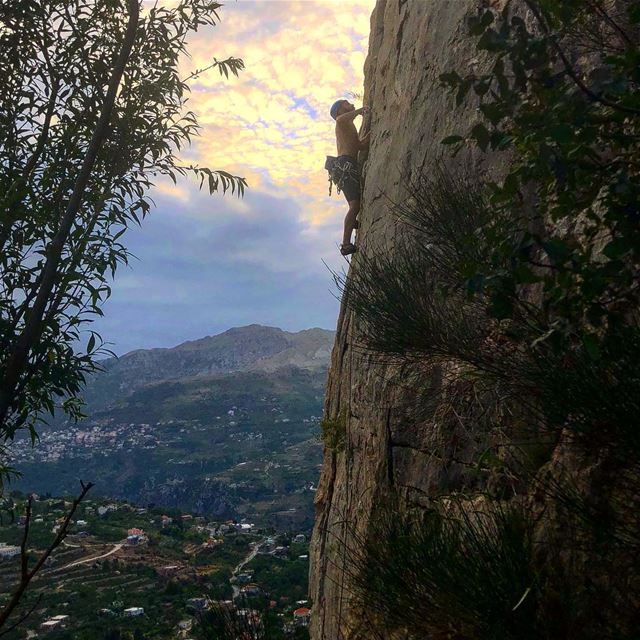Where lets do one more is always a good idea! 🧗‍♂️.... climbing ... (Happy Hour)