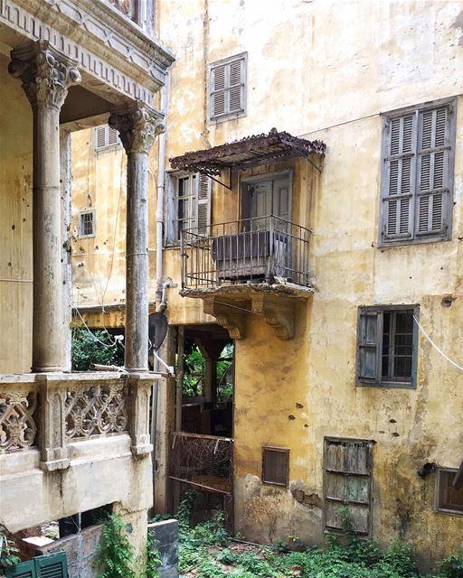 beirut layered 🏘•• ihavethisthingwithbeirut passionpassport ... (Beirut, Lebanon)