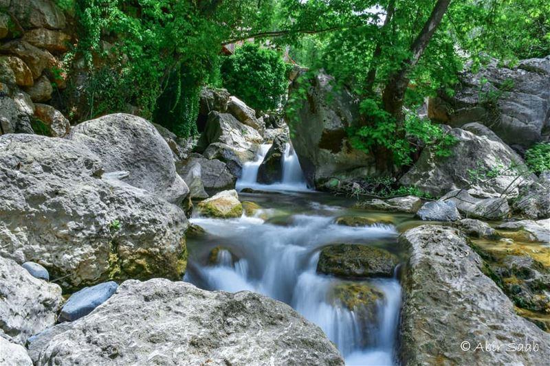 lebanon yanouh river photography landscape livelovebeirut ... (Yanouh)
