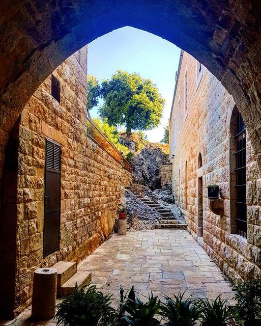 sterafqa aitou northoflebanon sterafqakeepyoureyesonlebanon ... (Aïtou, Liban-Nord, Lebanon)