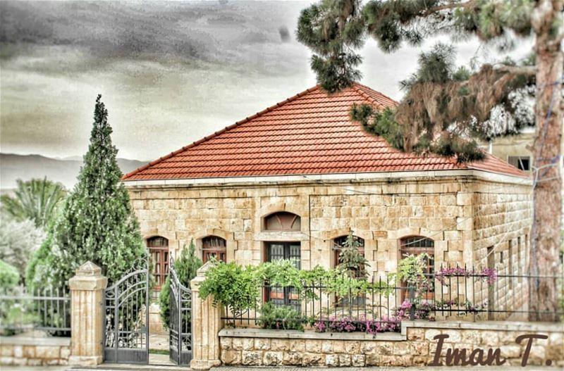 Old places have soul by @imantaha77 Hermel Bekaa lebanon🇱🇧 ... (El Hermel, Béqaa, Lebanon)