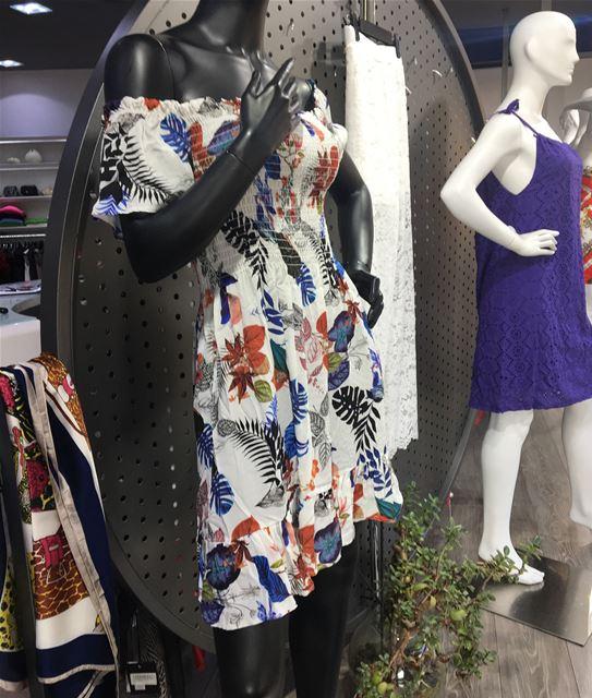 Fun colorful dress DailySketchLook 343 shopping italian boutique ... (Er Râbié, Mont-Liban, Lebanon)