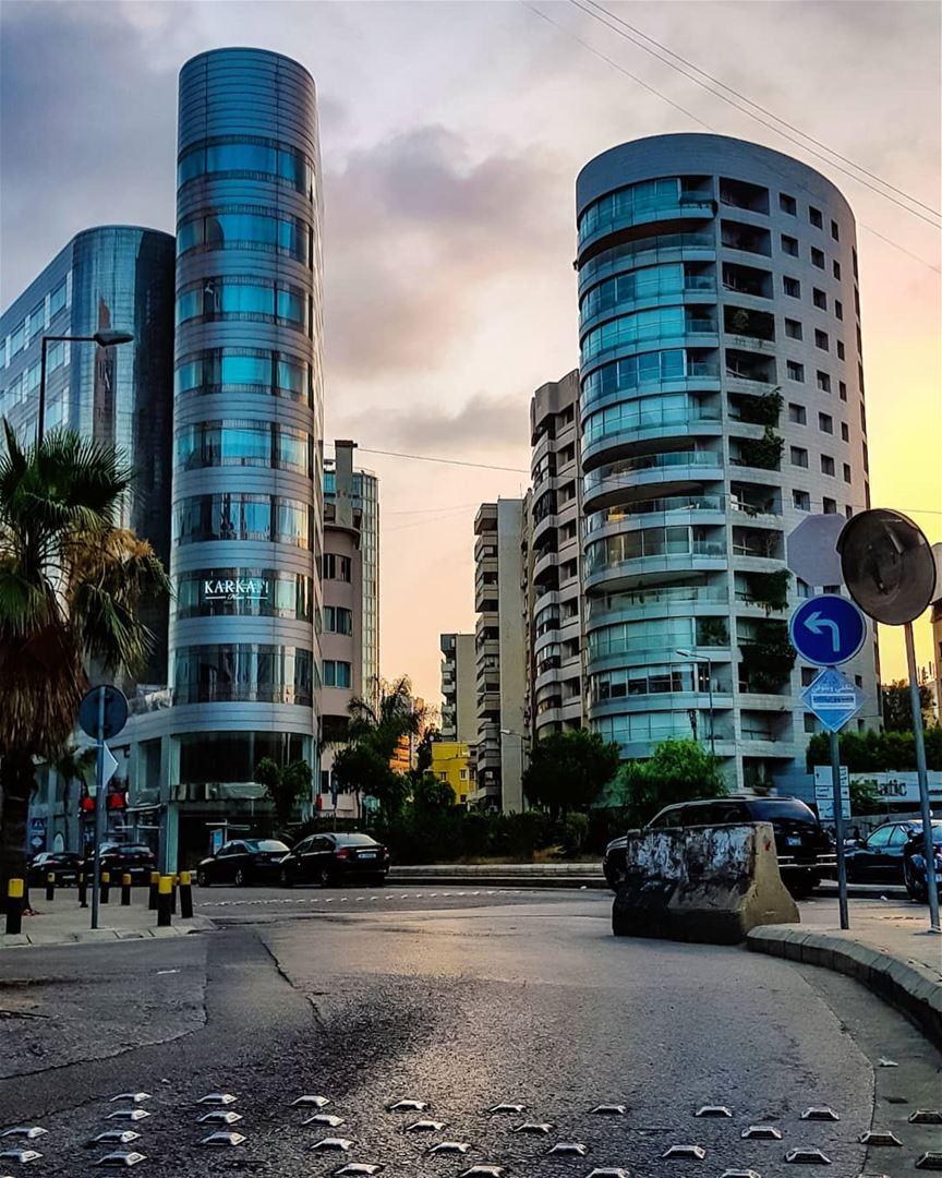 I run the middle of the streets..I am kinda freakish..But I EXIST!!..🍃 (Beirut, Lebanon)
