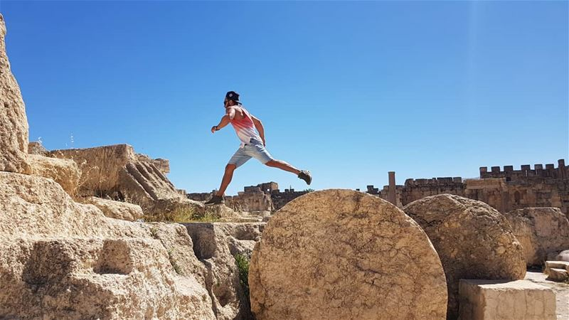 bekaa baalbeck ruins eyesoflebanon meetlebanon lebanoninapicture ... (Baalbek, Lebanon)