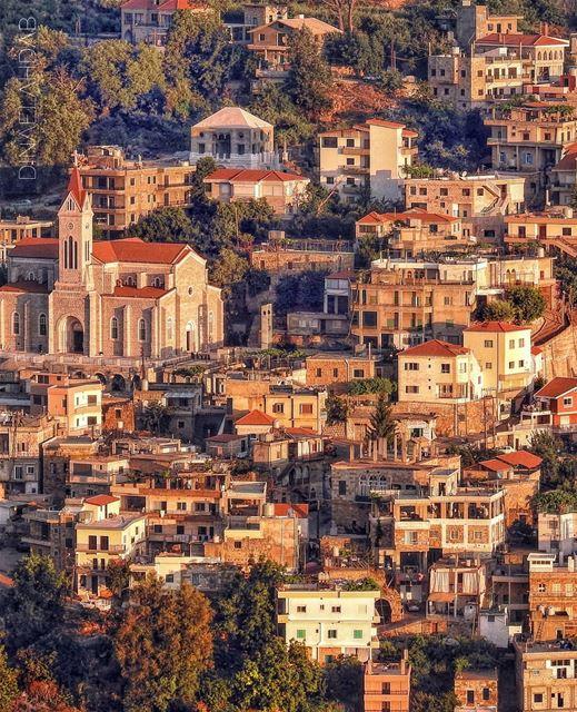 🌳🌳🏘️🏡🌳__________________ lebanon lebanon_hdr wearelebanon ... (Ehden, Lebanon)