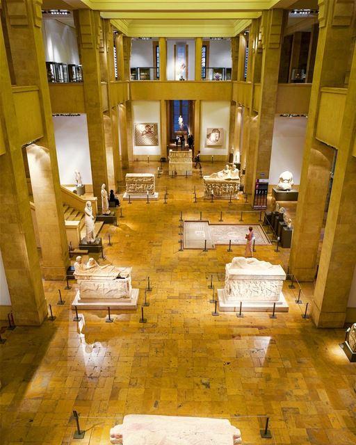 O Líbano tem muito o que contar, são mais de 7 mil anos de história. E... (National Museum of Beirut)