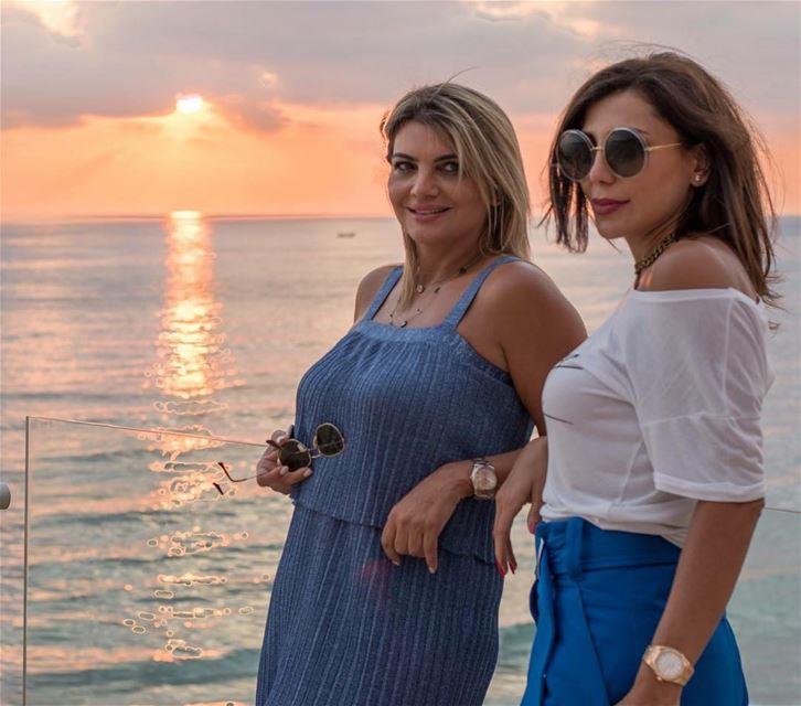 sunset colors beirut lebanon lebanon🇱🇧 pretty woman ... (Lancaster Eden Bay)