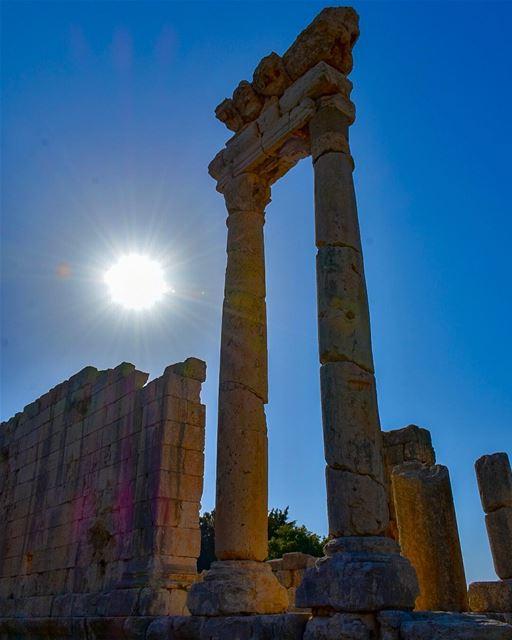 One of the Two Roman Temples of Aïn Akrine.....📍Aïn Akrine, Qasr Al... (Aïn Aakrîne, Liban-Nord, Lebanon)