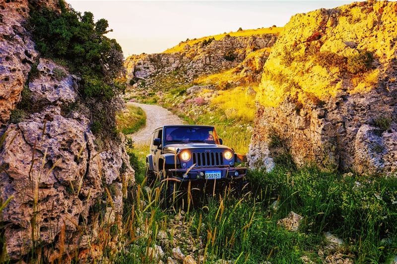 O|||||||O HER lebanon offroading offroad theimaged agameoftones ...