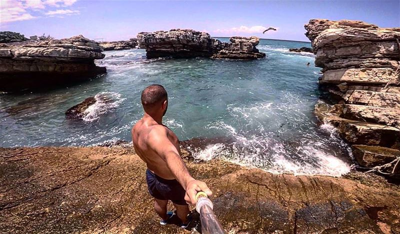 Let the sea, set you free... sea summer rocks selfie gopro goprohero5... (Kfar Abida)