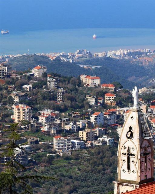 من بيت شباب لجونية يا 👀 (Beït Chabâb, Mont-Liban, Lebanon)