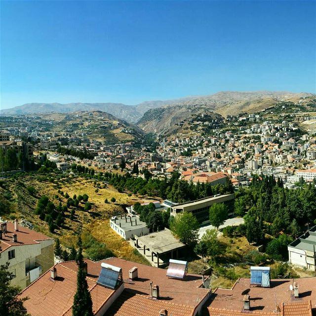 Morning Zahle ❤🏡🌳❤ 🛬 SoonSwipe slowly for panoramic 😘---------------- (Zahlé, Lebanon)