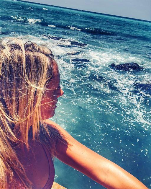 🌊 👱🏻♀️💚.. keepdiscovering .. lucyinlebanon👱🏻♀️🇱🇧💚 (Kalani Resort)