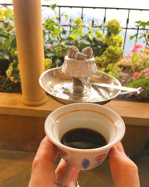 لا تختار الشخص الجميل اختر الشخص الذي يجعل حياتك جميلة.. ramramcoffee... (Kasr Fakhreddine - قصر فخر الدين)