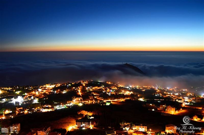 ehden  liveloveehden  night  lebanon  lebaneseview ... (Ehden, Lebanon)