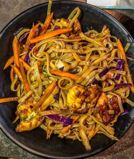 noodles foodie thainoodles shrimp liveloveeat tasteandflavors ... (Beirut, Hamra Jean D'arc St)