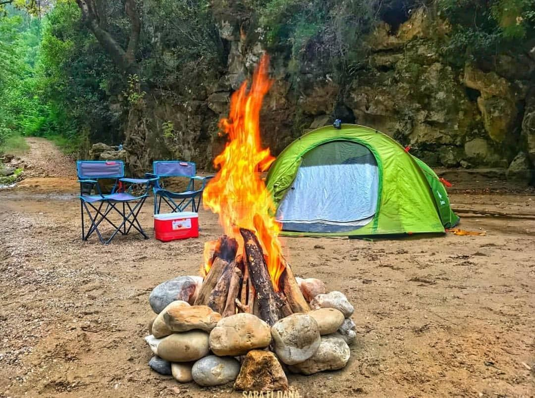 Who said camping ⛺️ is restricted to weekends 😍 Take some days off and... (Yahchouch)