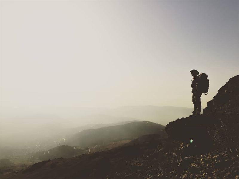 ومن يتهيب صعود الجبال يعش ابد الدهر بين الحفر lebanon annaharnewspaper ...