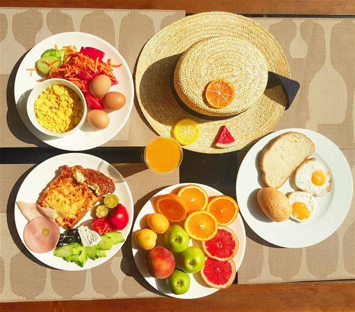 Breakfast is served 🍊🍳🧀🍹Have a nice weekend! breakfast food instafood...