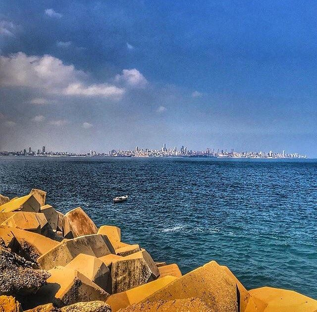 Have a GREAT weekend everyone💙 From Dbayeh by @claudeghannam 😍💙 ...