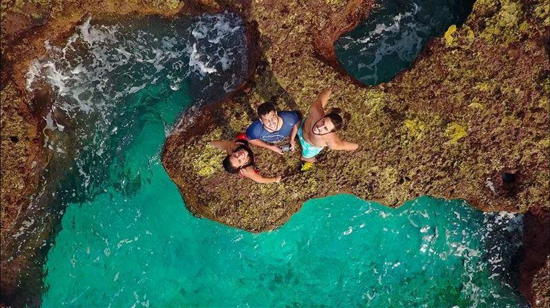 Amazing rock climbing on the sea cliffs!! 🌊🌊🌊🌊🌊🌊🌊🌊🌊... (Hamâte, Liban-Nord, Lebanon)