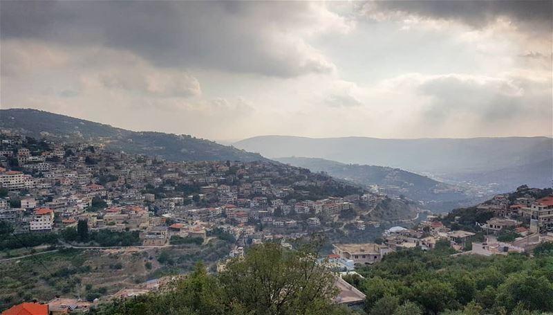 livehasbayalove❤️💛💚💜💙 livelovelebanon livehasbayalove ... (Hasbayya, Al Janub, Lebanon)