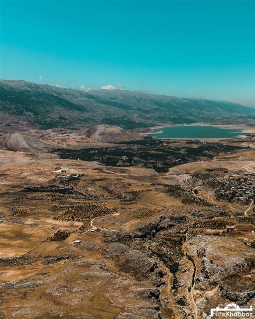 Swipe left⬅ enjoy the view naturephotography nature naturelovers lake ... (Yohmor, Beqaa)