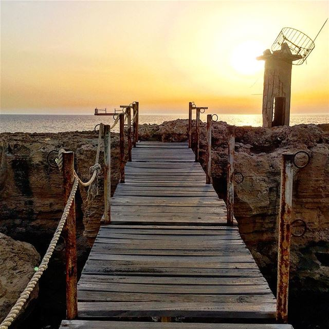 The golden hour 💛 hope you had a great Saturday :::::::::::::::::::::::::: (Al Batrun, Liban-Nord, Lebanon)
