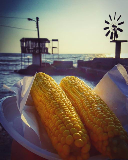 Always end the day with a positive thought and salty sweet corn 🌽🌽🌽🌽... (Enfé, Liban-Nord, Lebanon)