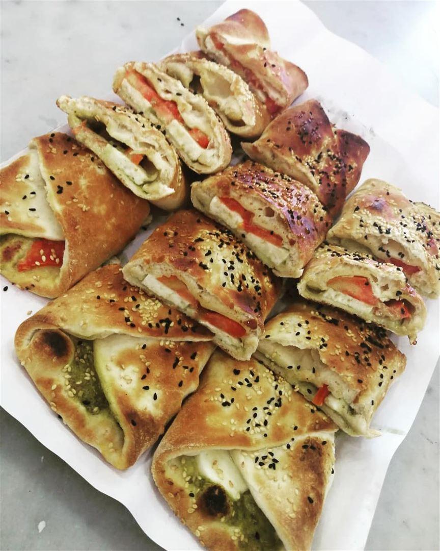 The perfect combination... Halloum Pesto!! Good morning dear followers😊• (Rashet somsom - رشة سمسم)