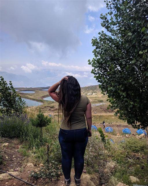 Nobody owns the world. So feel free to explore it! 🗺️...📸: @dounia.ra (Akoura, Mont-Liban, Lebanon)