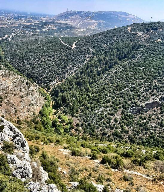 lebanoninapicture ptk_lebanon livelovebeirut insta_lebanon ... (Deir Bella - Batroun)
