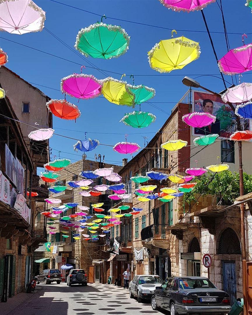 livelovehasroun festival umbrella eyesoflebanon meetlebanon ... (Hasroun)