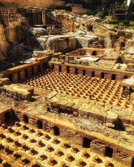 lebanon beirut city ruins history old rome nostalgia meditation ... (Beirut, Lebanon)