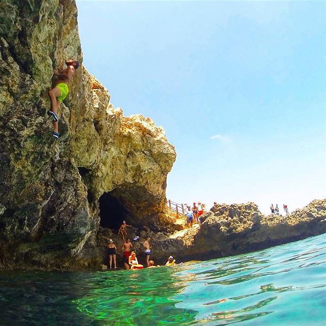 Fun under the sun 😎.... climbing deepwatersolo dws cliffjumping ... (Cyprus)