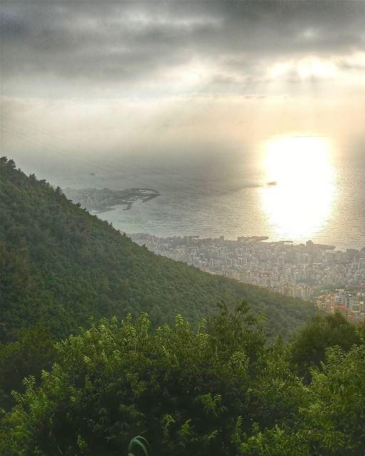 💙💛 lebanon sunset sunsetlovers ptk_lebanon super_lebanon ... (Batha', Mont-Liban, Lebanon)