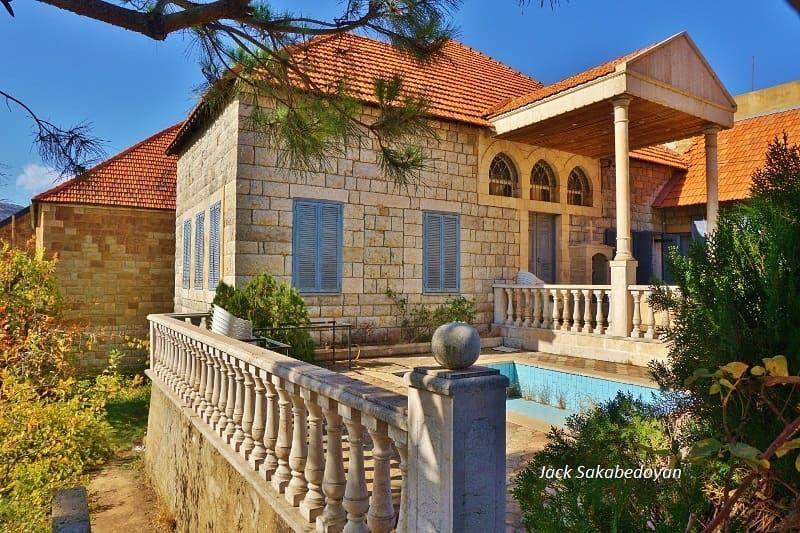 Hasroun hasroun northlebanon nordliban lebanesevillages lebanon ...