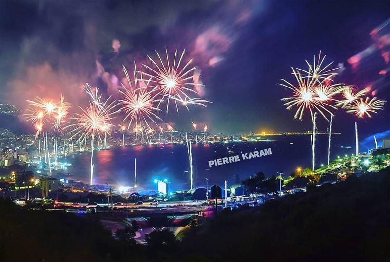 messy jounieh 2018 fireworks jouniehinternationalfestival nightshot...