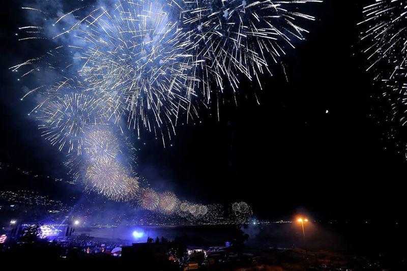 jouniehinternationalfestival2018 fireworks lebanon canon ...