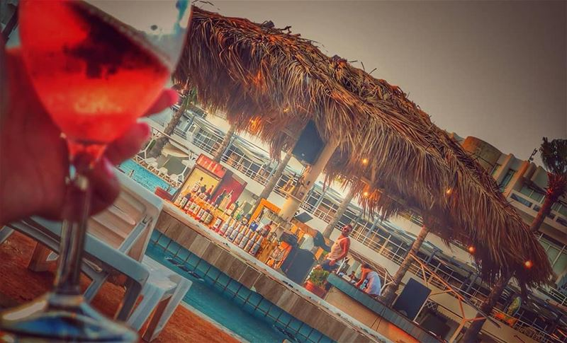 @360_poolbar@marinadelsolresort@anfehalkouraIs Open Everyday from 11:00 (360 Bar)