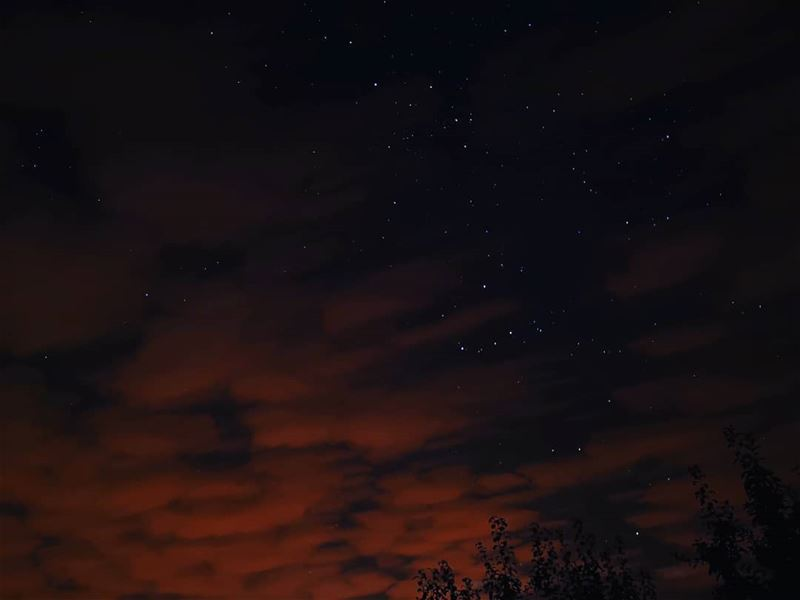 The darkest nights produce the brightest stars 🌑🌠⭐🌟... akoura... (Akoura, Mont-Liban, Lebanon)