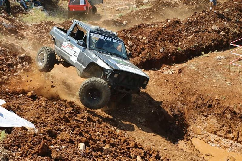 upintheair offroad offroading wildwayracing lebanon event photoghraphy... (Eghbé, Mont-Liban, Lebanon)