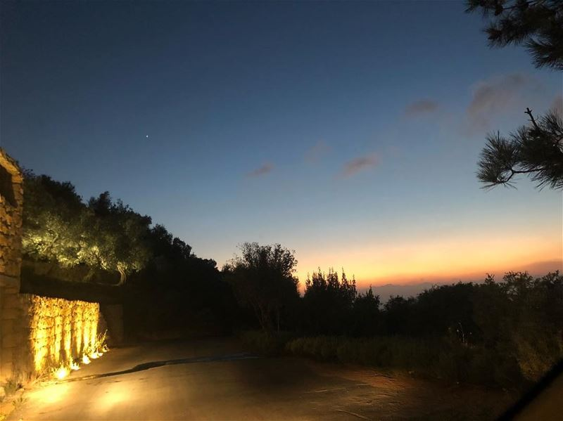 I've had a perfectly wonderful evening...But this wasn't it🤗 sunset... (Beit Ed-Deen, Mont-Liban, Lebanon)