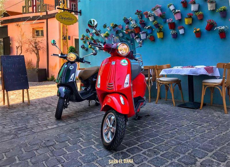 You can't visit an Italian restaurant on anything but an Italian bike! 🇮🇹 (Beirut, Lebanon)