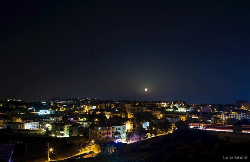 🕝 PM ————————————————————————- moonlight moonshot moon🌙 ... (`Aleih, Mont-Liban, Lebanon)